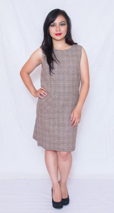 "PRICE: P380 ITEM CODE: 12-6 SIZE 10 (TAG SIZE) WOOL BUST: UP TO 38"" ARMHOLE: 20"" LENGTH: 33 """