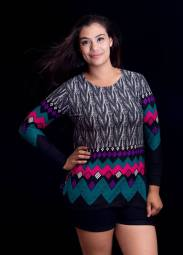 "PRICE: P300 ITEM CODE: 25-56 STRETCHABLE BUST: UP TO 44"" ARMHOLE: 18"" SLEEVE CIRCUMFERENCE: 12"" LENGTH: 27"""